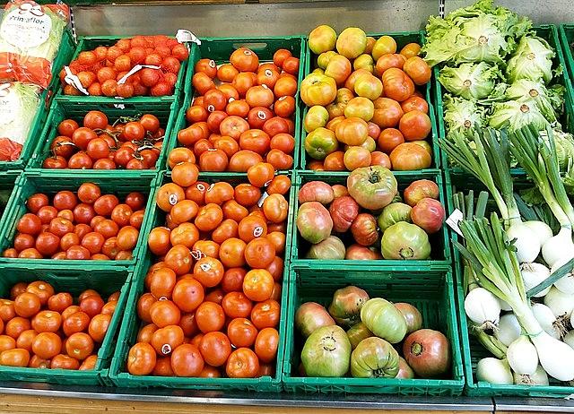 sacolao, tomates, verduras