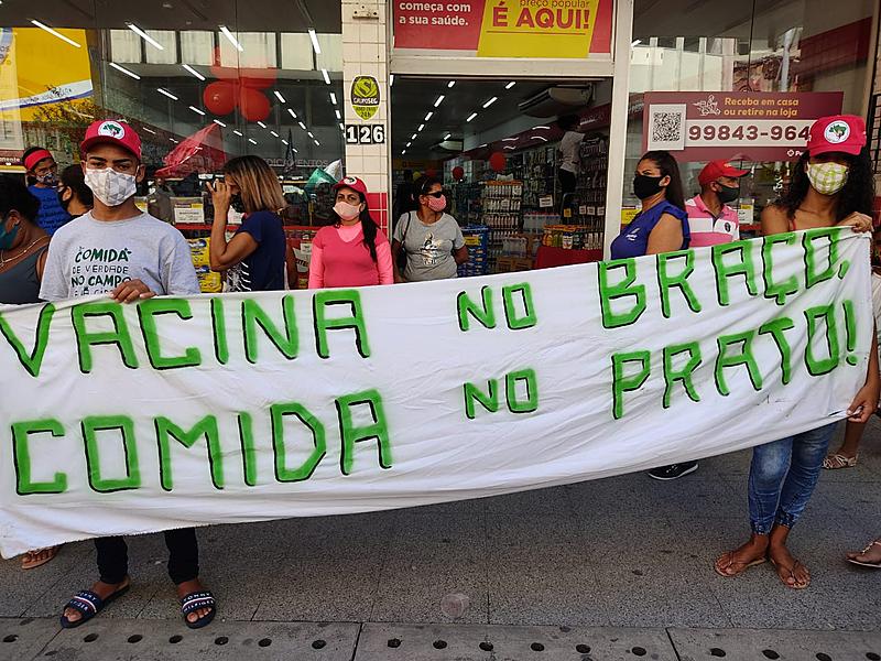 Em todo o país, acontecem atos por vacinação, auxílio emergencial e Fora Bolsonaro