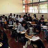 sala de aula, adolescentes