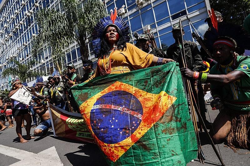 Sonia Guajajara Acampamento Terra Livre