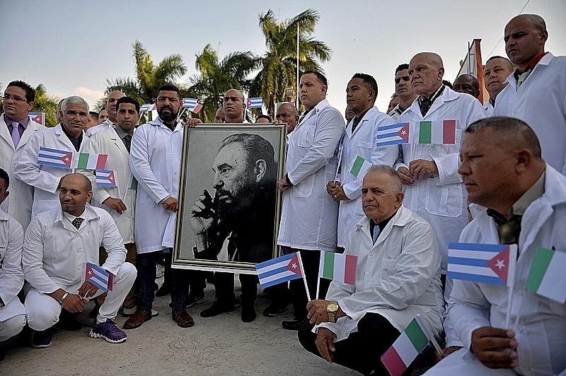 Campaña por el Nobel de la Paz para médicos cubanos | Internacional