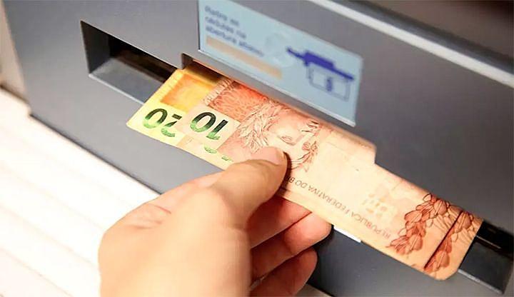dinheiro (40 reais)